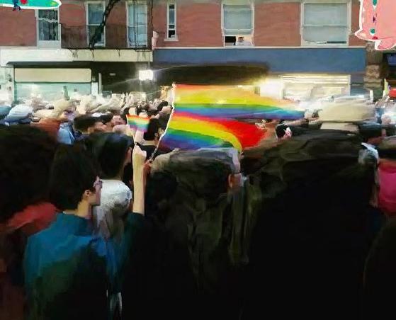El Mundo se Une al Dolor de Orlando