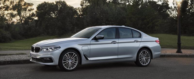 BMW TO SHOWCASE iPERFORMANCE FAMILY OF PLUG-IN HYBRIDS IN NEW YORK